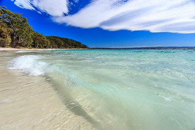 Crystal clear water of Murrays Beach in Jervis Bay